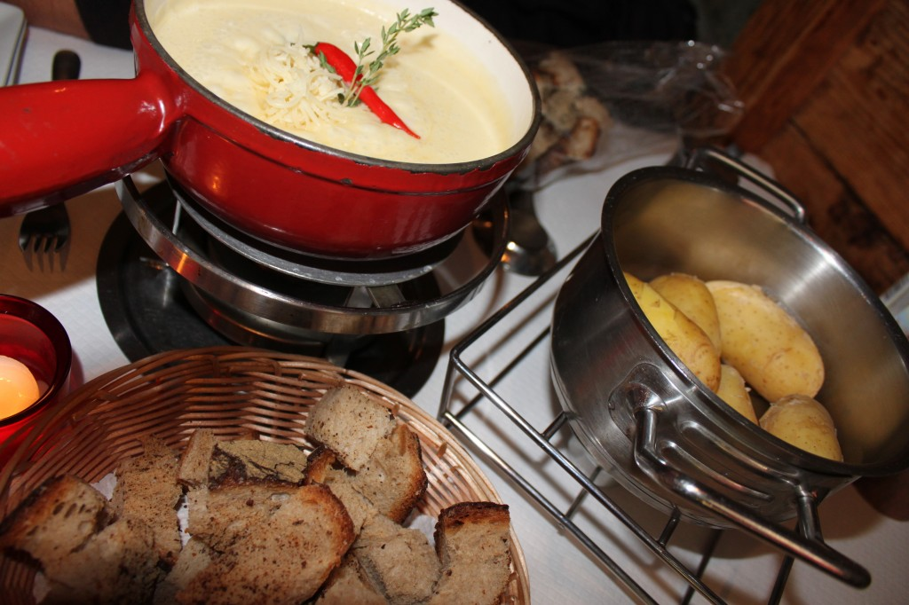 Traditional Swiss Fondu